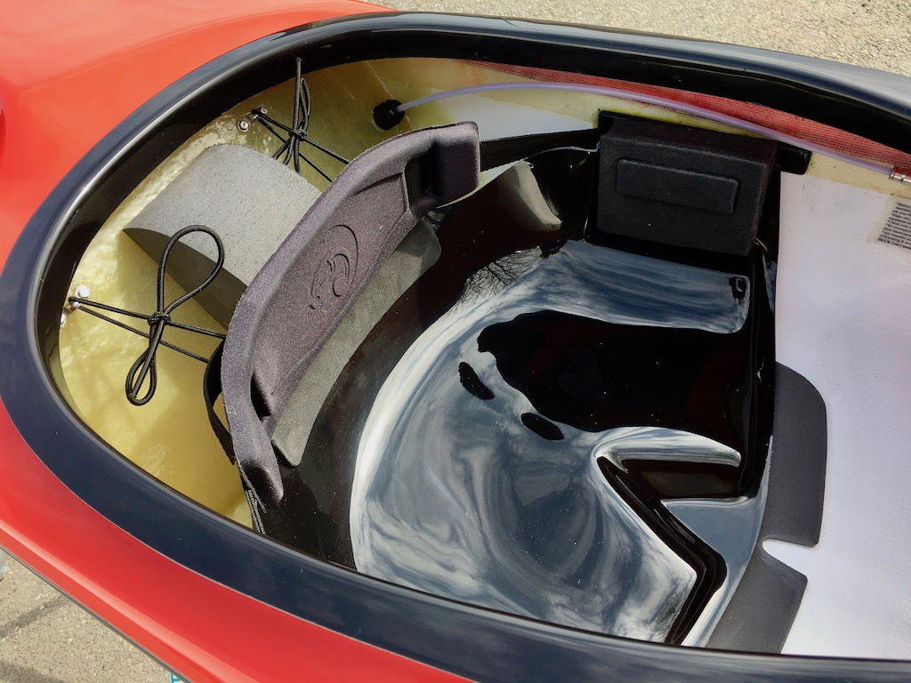 Romany Surf r:w:blk seat